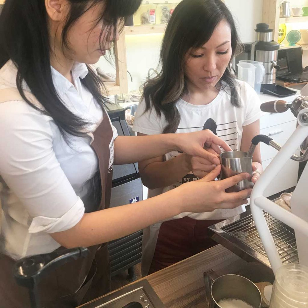 Fiery Coffee latte art class